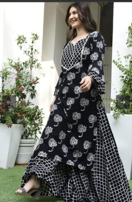 Amazing /& occasionally flared full length gown kurti with gota Patti work..all size are available from Indian chart
